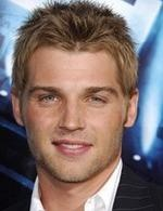 Mike Vogel- Seriesaddict